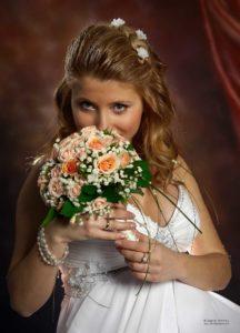 сватбен студиен портрет във фотостудио Поморие